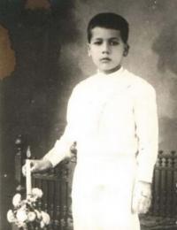 José bij zijn Eerste Communie