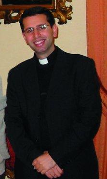 Ragheed Aziz, chaldeeuws-katholiek priester van 35 jaar oud, werd op 4 juni 2007, samen met vier subdiakens, het slachtoffer van blind geweld in Mossul (Irak)