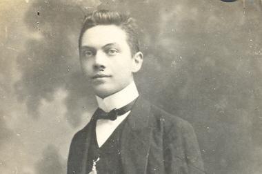 Edward Poppe in 1910