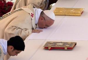eucharistie-121-lr-altaarkus