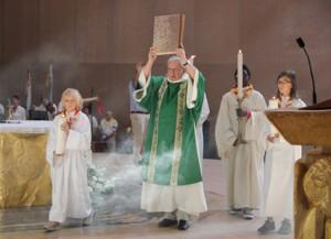 eucharistie-129-lr-evangelieprocessie